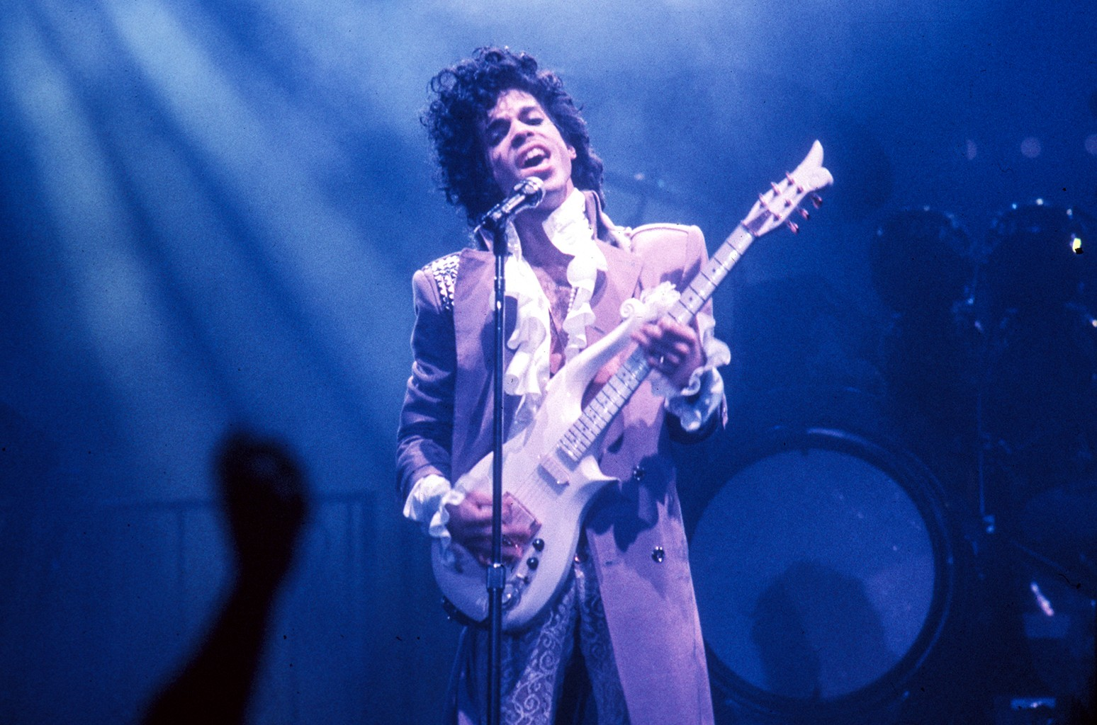 Prince performs live at the Fabulous Forum on Feb. 19, 1985 in Inglewood, Calif.