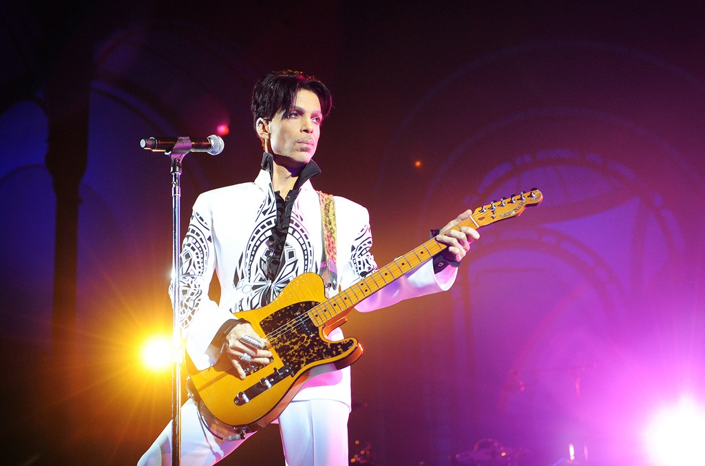 Prince performs on Oct. 11, 2009 at the Grand Palais in Paris.