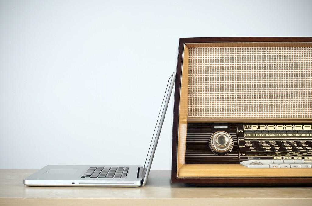 Internet Vs Radio
