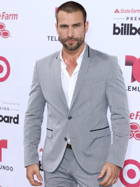 Rafael Amaya arrives at 2015 Billboard Latin Music Awards