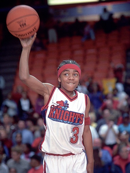 L'il Bow Wow (as Calvin Cambridge) in Like Mike (2002)