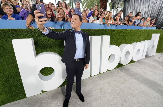 Raúl González arrives at the 2015 Billboard Latin Music Awards