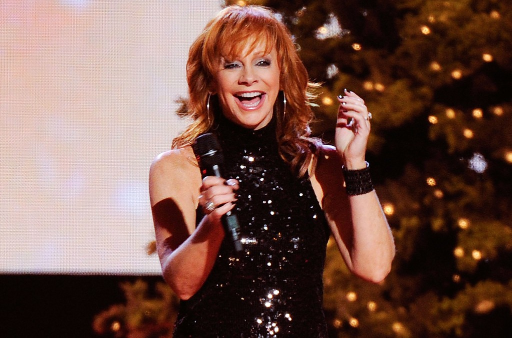 Reba McEntire performs at the CMA Country Christmas