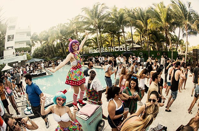 red-bull-guest-house-crowd-miami-music-week-billboard-650