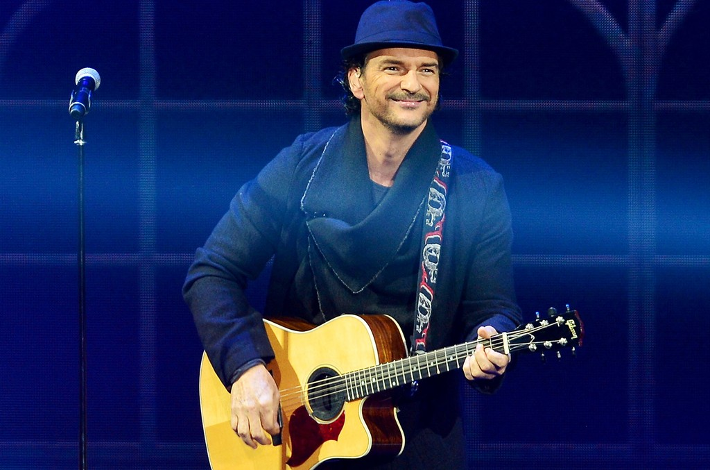 Ricardo Arjona performs onstage at American Airlines Arena on Feb. 27, 2015 in Miami.