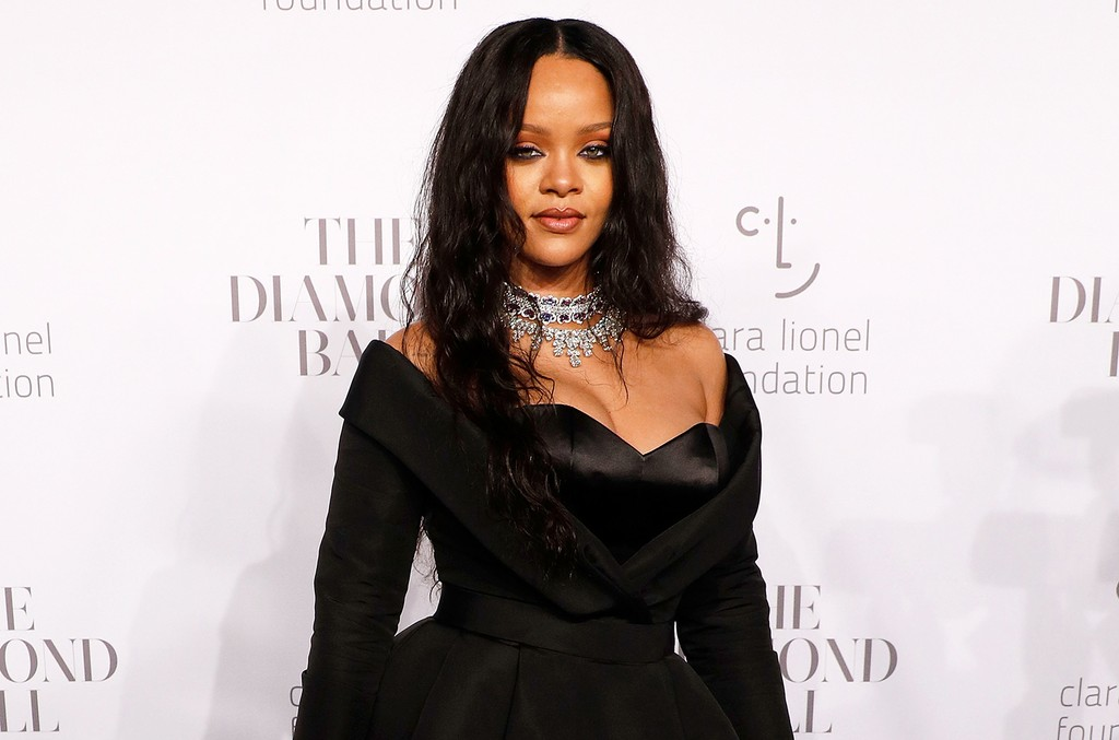 Rihanna, 2017 Diamond Ball