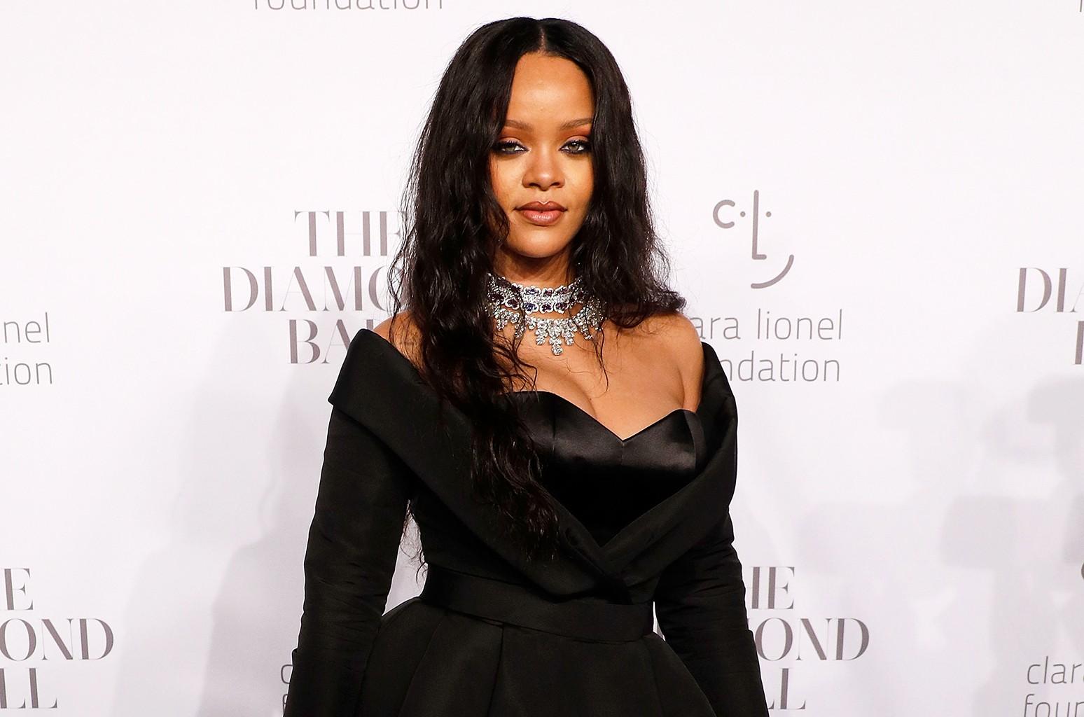 Rihanna, 2017 Diamond Ball