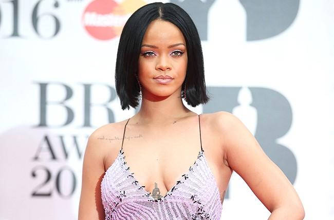 Rihanna Brit Awards 2016