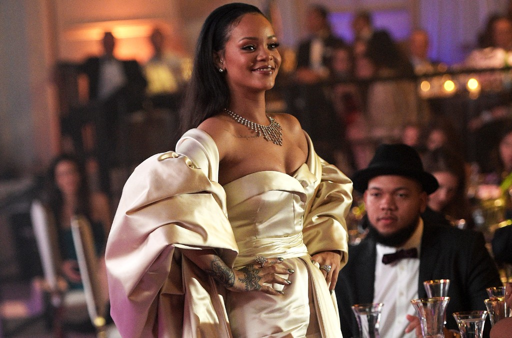 Rihanna attends the 2nd Annual Diamond Ball hosted by Rihanna and The Clara Lionel Foundation at The Barker Hanger on December 10, 2015 in Santa Monica, Calif.