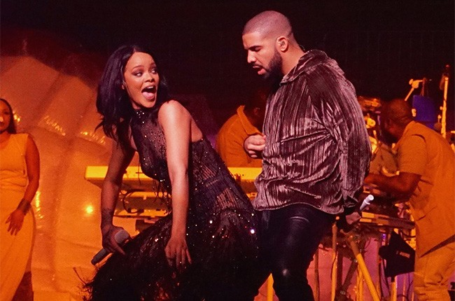 Drake joins Rihanna on stage for her ANTI world tour in Miami on March 15, 2016.