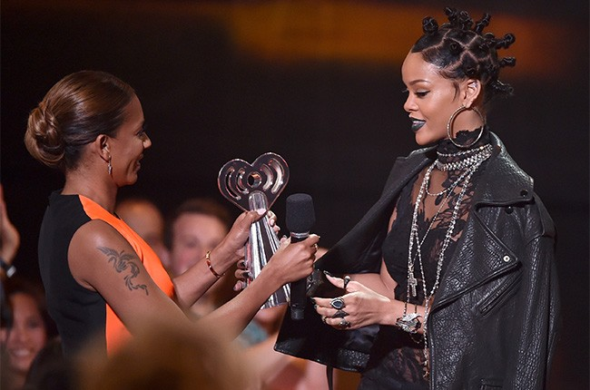 Rihanna at the iHeartRadio Music Awards