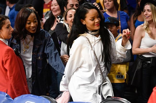 Rihanna Lakers 2016