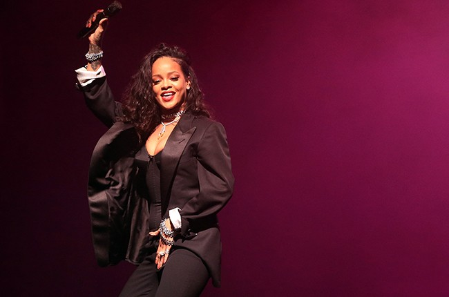 Rihanna performs onstage during DirecTV Super Saturday Night 2015