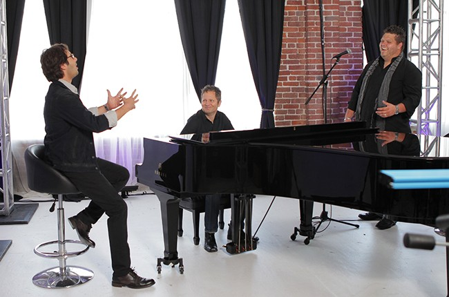 """Rising Star"" mentor Josh Groban with a Contestant"