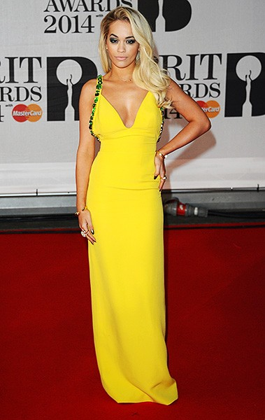 rita-ora-brit-awards-red-carpet-2014-600
