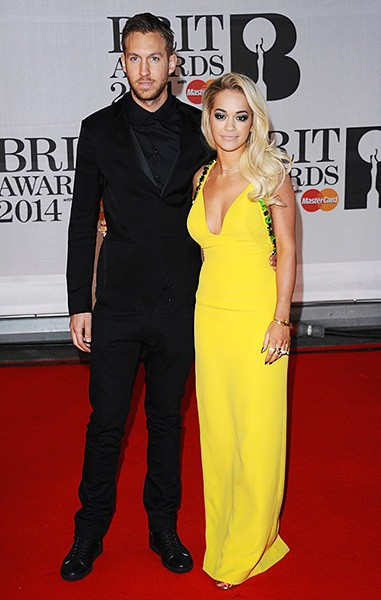 rita-ora-calvin-harris-brit-awards-red-carpet-2014-600