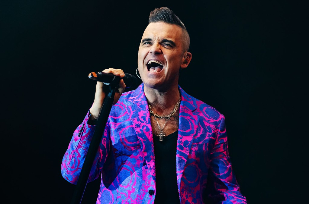 Robbie Williams Will Reunite With Take That For a Fundraising Virtual Gig