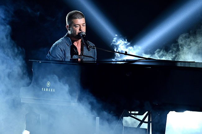 Robin thicke on bet awards betting types