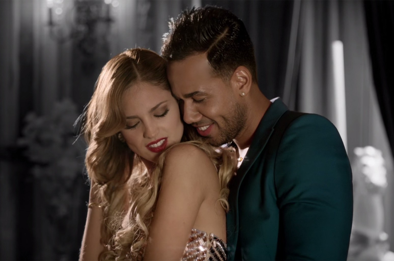 "Romeo Santos in the video for ""Propuesta Indecente."""