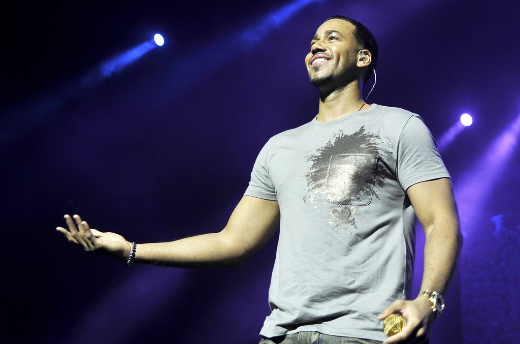Romeo Santos performs during TIDAL X Sprint presents Romeo Santos Los Angeles Pop-Up Concert at Ace Theater Downtown LA on Feb. 18, 2017 in Los Angeles.