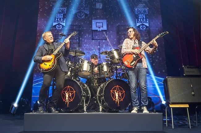 Rush R40 Live 2015