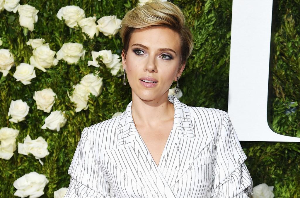 Scarlett Johansson attends the 2017 Tony Awards at Radio City Music Hall on June 11, 2017 in New York City.
