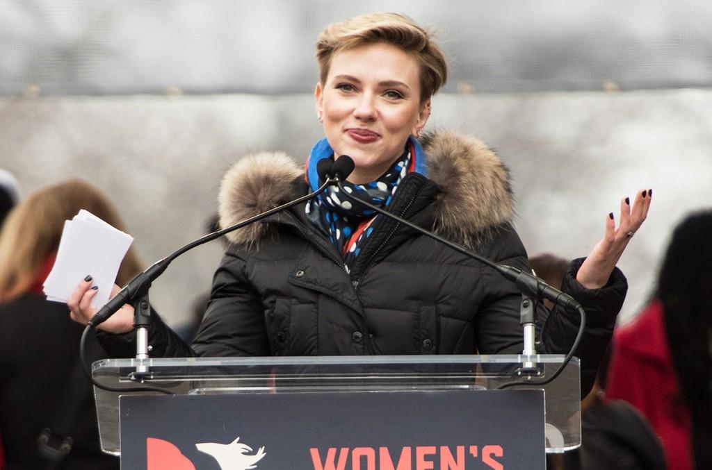 Scarlett Johansson attends the Women's March on Washington on January 21, 2017 in Washington, DC.  (Photo by Noam Galai/WireImage