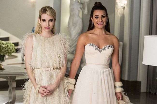 scream queens, Emma Roberts as Chanel Oberlin and Lea Michele as Hester, chainsaw