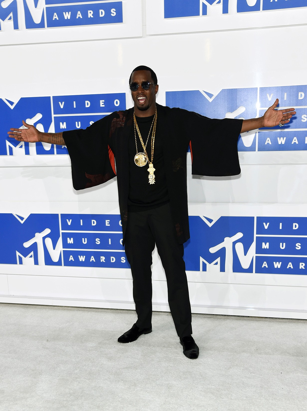 Sean Diddy Combs attends the 2016 MTV Video Music Awards