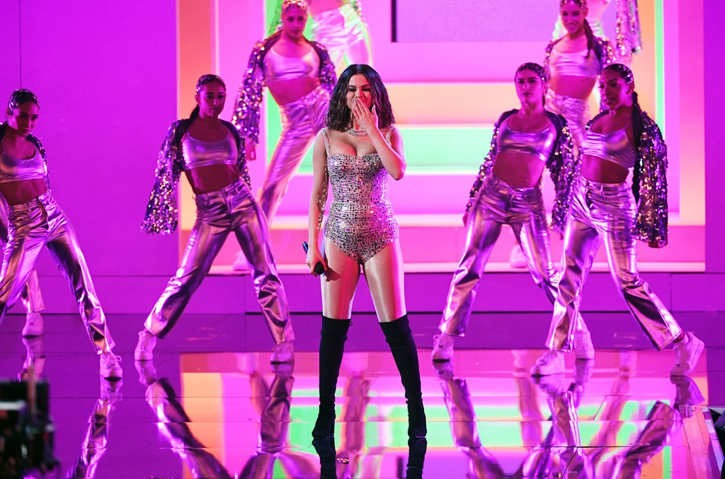 Selena Gomez, American Music Awards