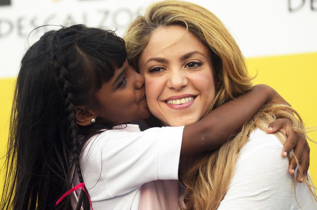 Shakira Fundacion Pies Descalzos