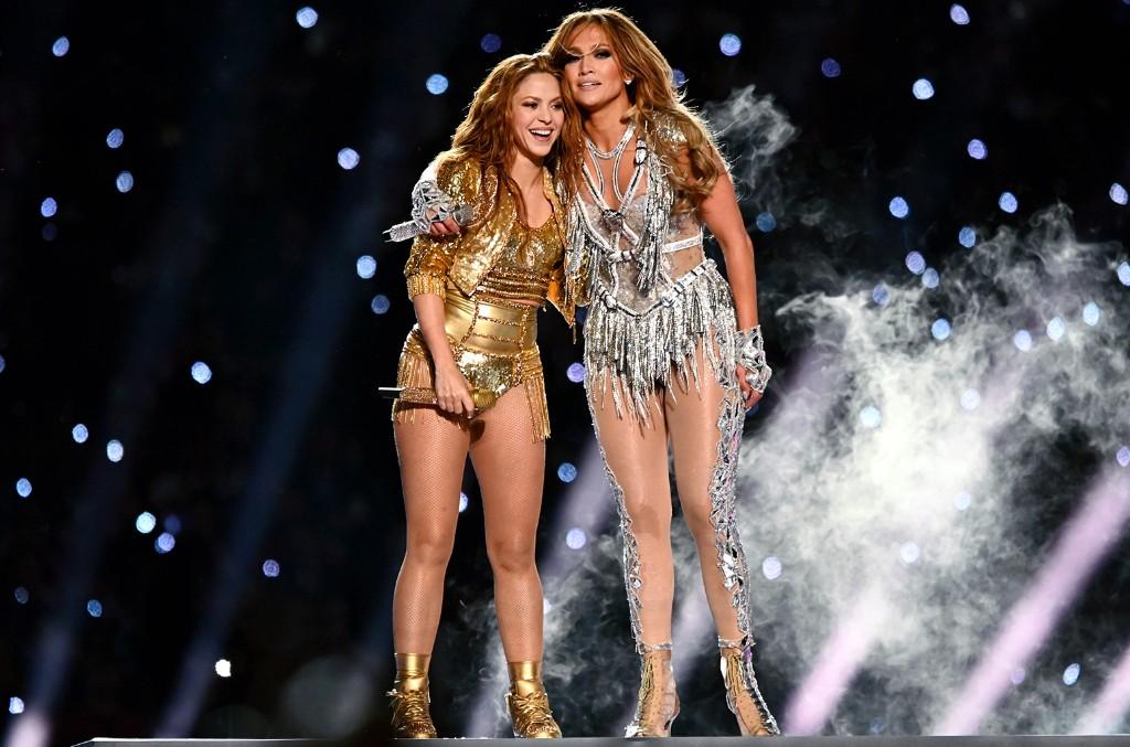 hakira and Jennifer Lopez