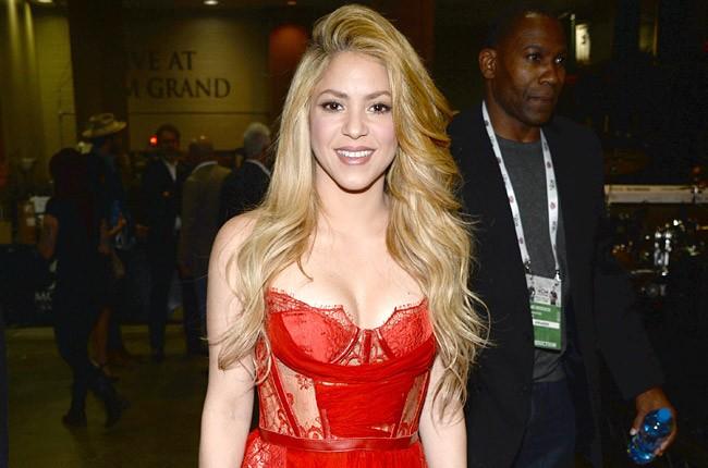 Shakira at the ACMs