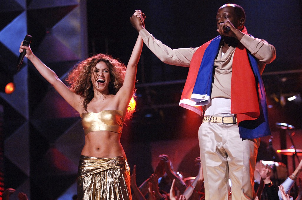 "Shakira and Wyclef Jean perform ""Hips Don't Lie"" at the 49th Annual Grammy Awards on Feb. 11, 2007."