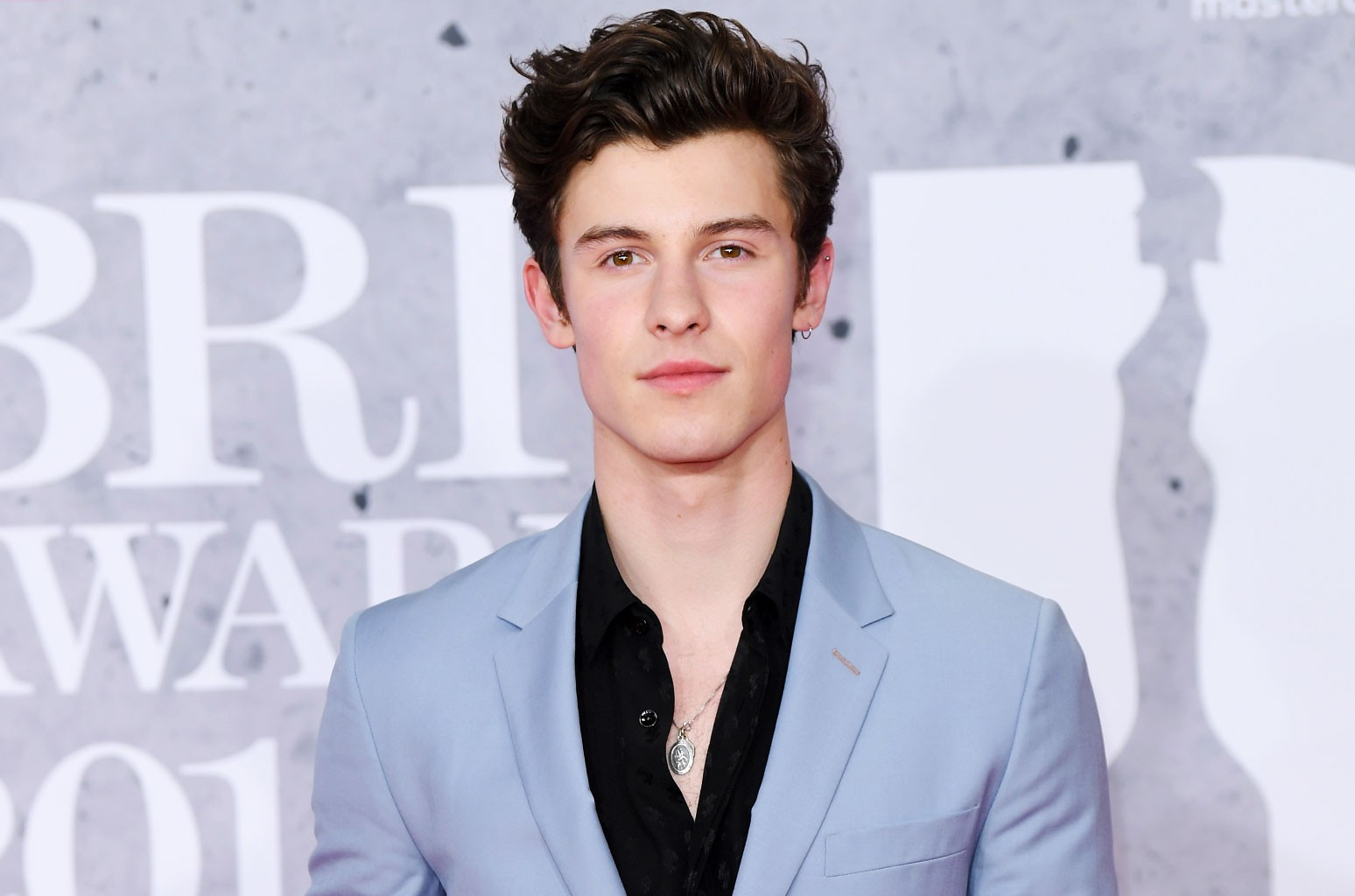 Shawn Mendes Addresses Rumors About His Sexuality In New Interview It S Hurtful Billboard