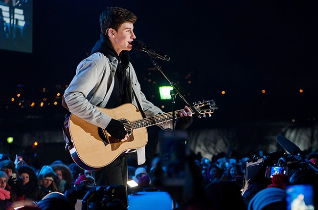 shawn-mendes-new-years-eve-2014-2015-billboard-650