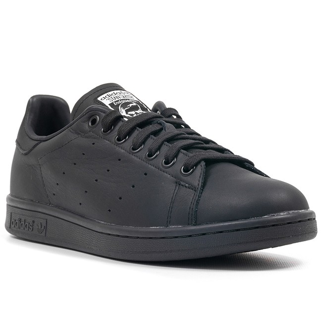shoes-pharrell-williams-x-adidas-gift-guide-2014-billboard-650x650