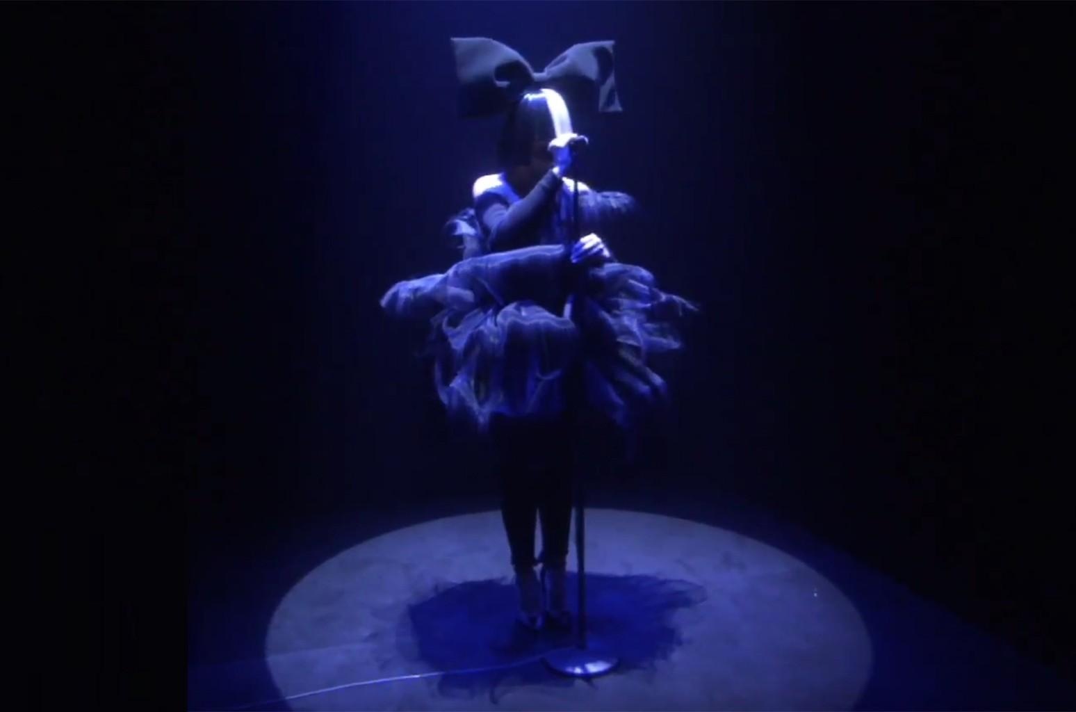 Sia performs  on The Ellen DeGeneres Show.