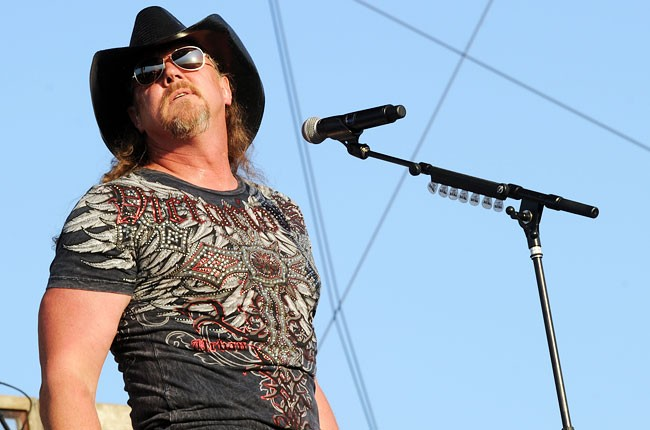 stagecoach-2013-trace-adkins-650-430