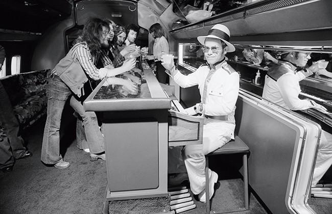 Starship: Elton John 1974