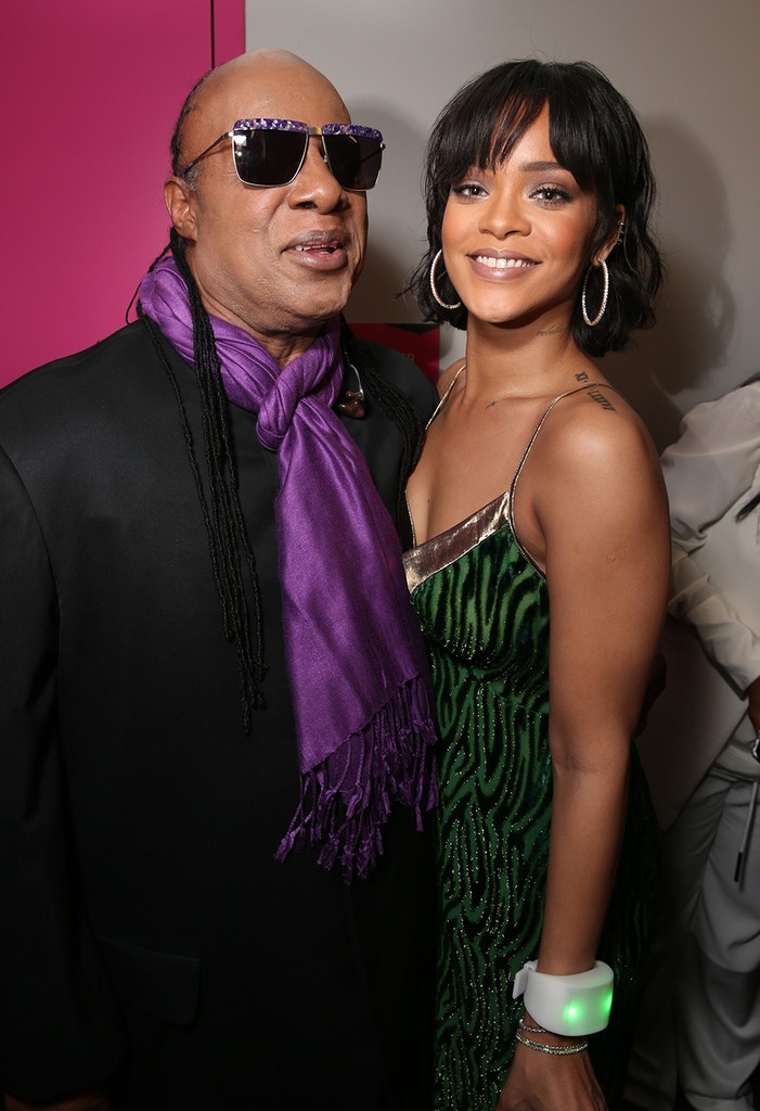 Stevie Wonder and Rihanna  at the 2016 Billboard Music Awards