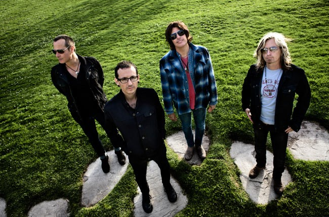 stone-temple-pilots-chester-650-430