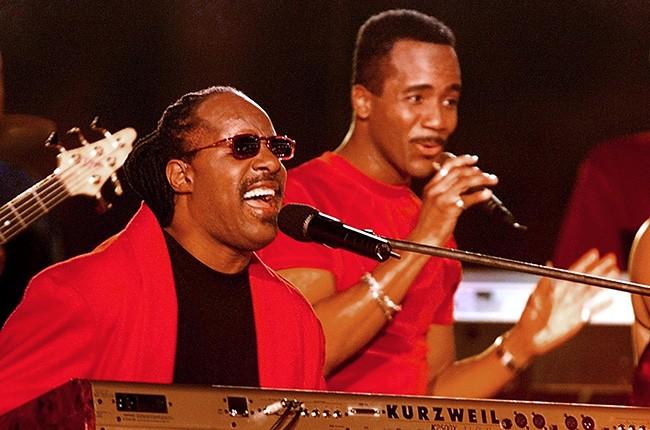 Stevie Wonder & Gloria Estefan, 1999