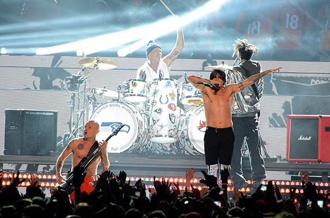 superbowl_2014_redhotchillipeppers_650_5