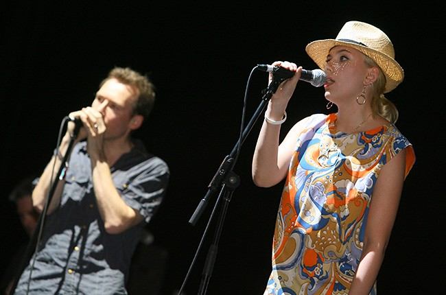 Scarlett Johansson and The Jesus and Mary Chain