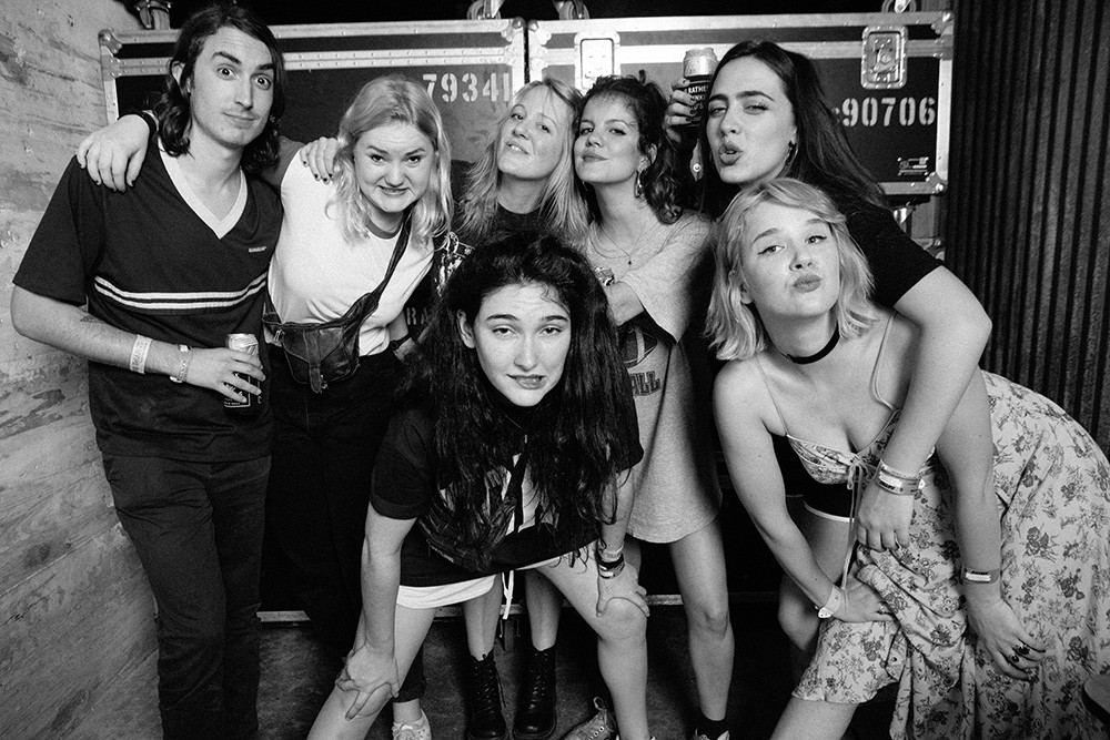 sxsw-2016-Hinds-Bleached-hypemachine