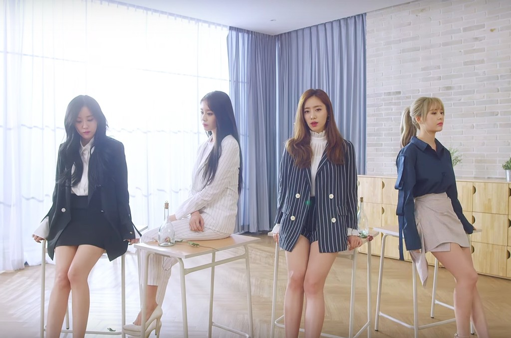 """T-ara in the video for """"What's My Name"""""""