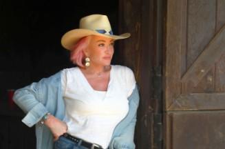 Tanya Tucker Remembers 'Delta Dawn' Songwriter Alex Harvey: 'I Thank God For Him'
