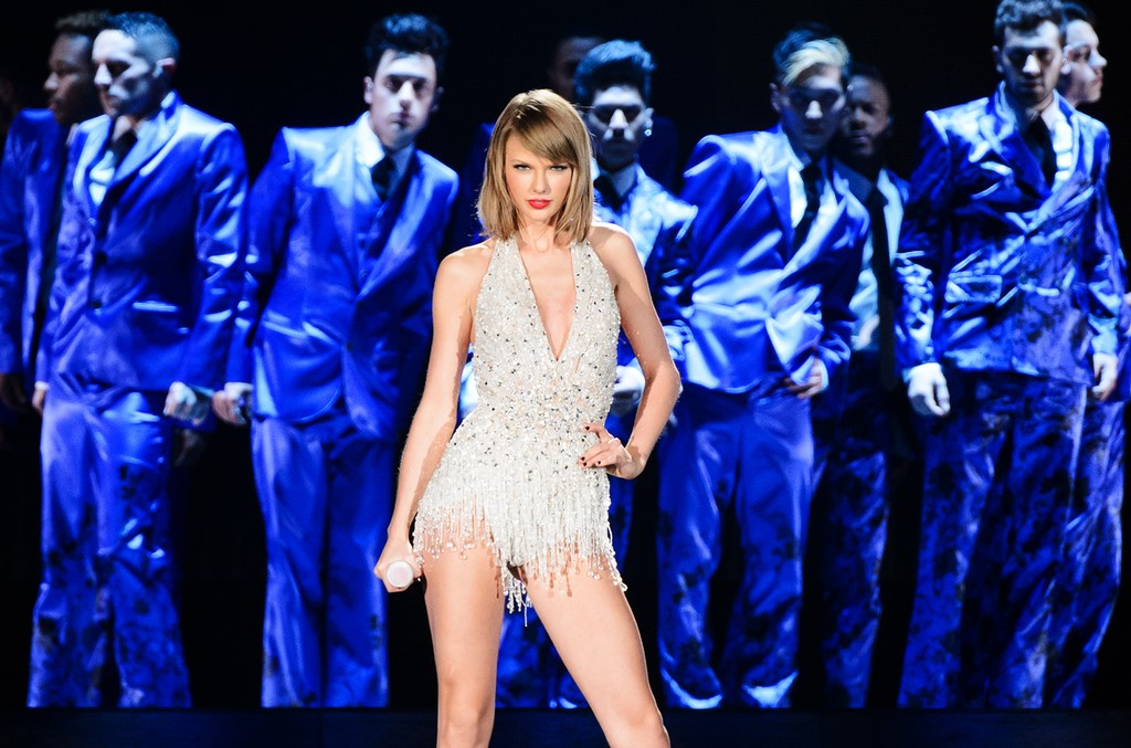 Taylor Swift performs on stage during the 1989 World Tour Live