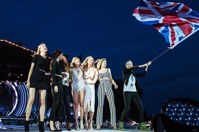 Martha Hunt, Kendall Jenner, Serena Williams, Taylor Swift, Karlie Kloss, Gigi Hadid and Cara Delevingne perform onstage during The 1989 World Tour at Hyde Park